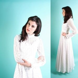 Vintage Lace 70s Victorian Style Wedding Dress